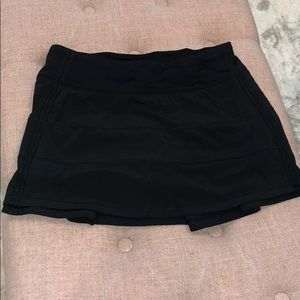 Lululemon size 4 Running Tennis Skirt